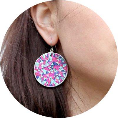 magenta-mandala-earrings-35-40mm-romance