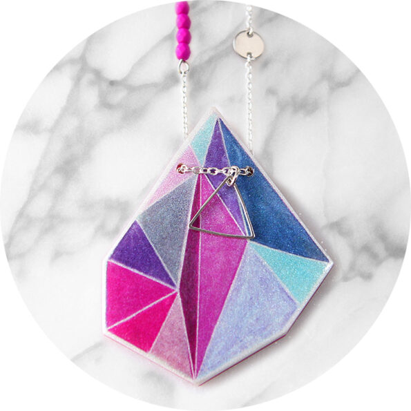 TRIANGLE ART illustrated Next Romance necklace – pink teal
