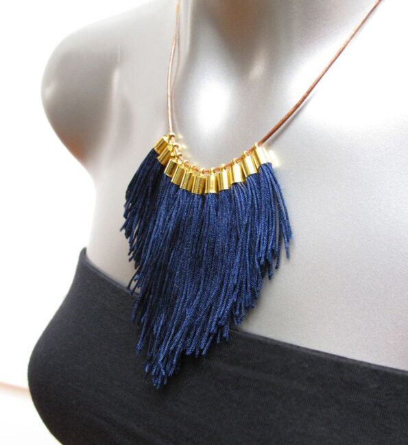 medium-navy-fringe