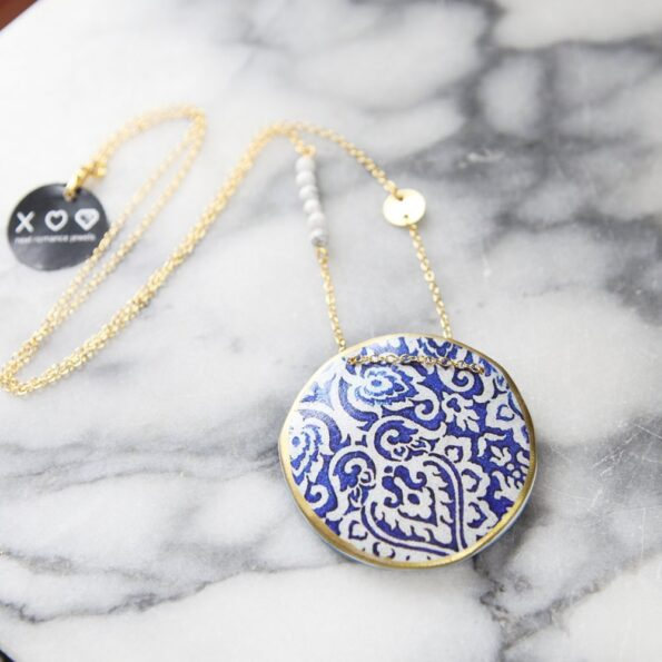 moroccan-pendant-art-next-romance-gold