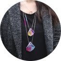 triangle lilac orange pink necklace model cafe