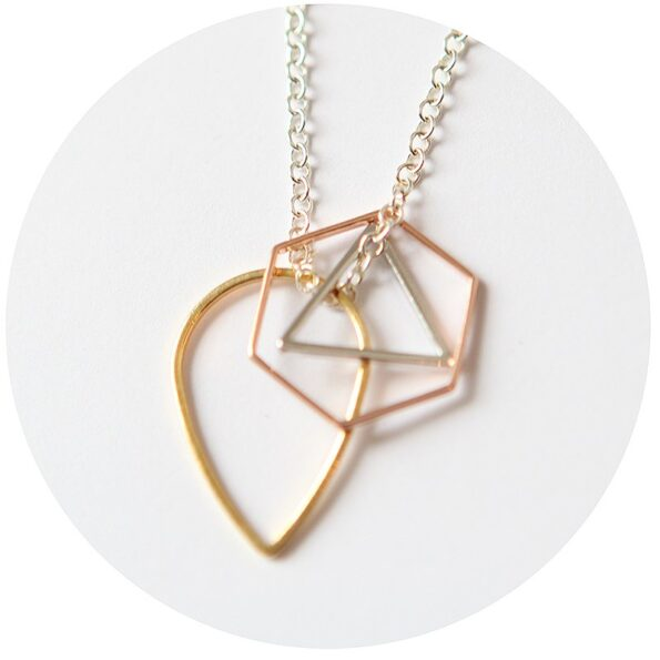 SHAPES CLUSTER geometric minimal necklace – 3 tone