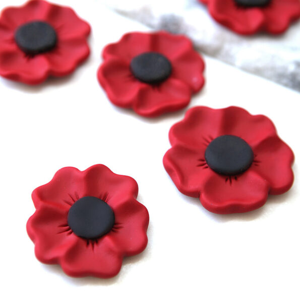 poppy beautiful handmade brooch anzac rememberance red