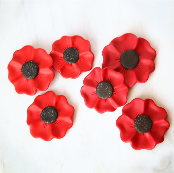 sparkle-centre-poppy-brooch-all-next-romance-jewellery-anzac