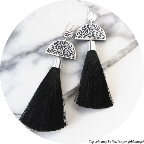 LUXE moon link tassel earrings NEXT ROMANCE