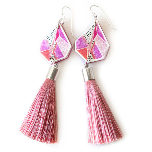 DEVOI TRIANGLE ART earrings with pink tassel – x DEVOI collaboration