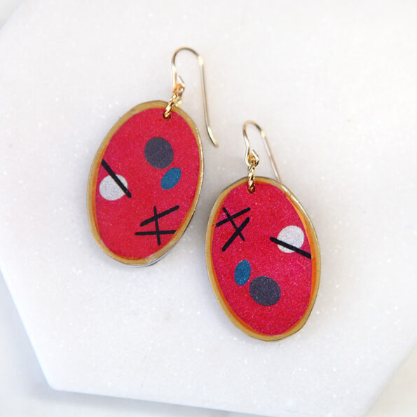 devoi oval pebble art earring gold bright red