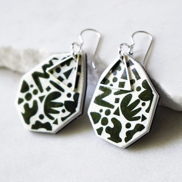 DOT & ZIGGY triangle art earrings – choose size & colour