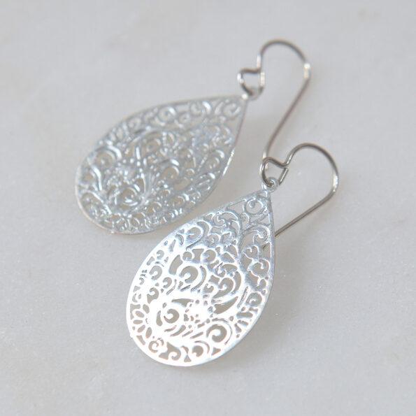 FILIGREE steel cutout earrings – teardrop