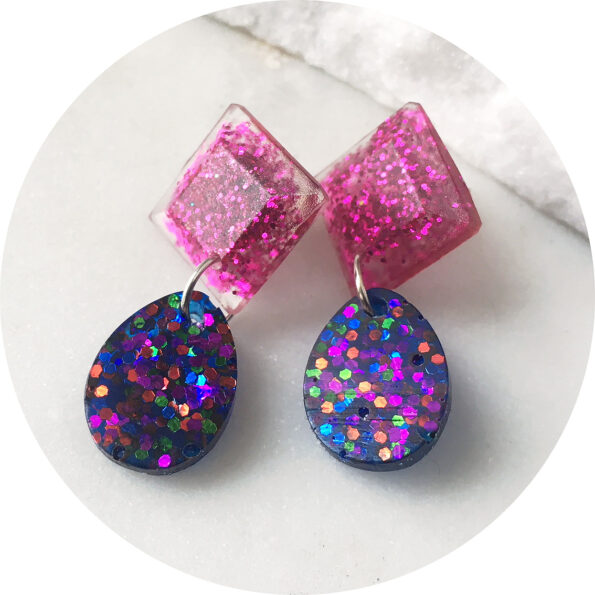 Glittery small resin DROP earrings – pink and confetti blues